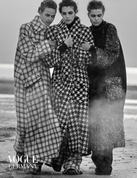 Vogue inszeniert die letzten Kollektionen Karl Lagerfelds
