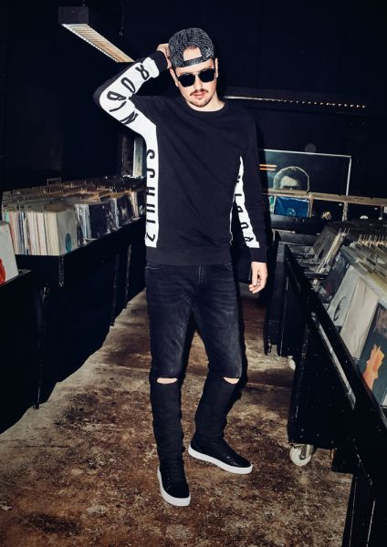 QS designed by x Robin Schulz H/W 2017/18