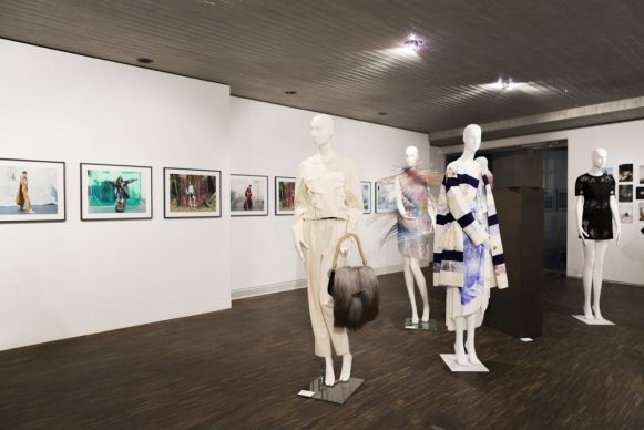 Ausstellung »Fashion: Objects, Concepts & Visions« in Berlin