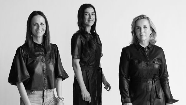 Maya Junger, Founder & Creative Director Set, Preeti Malkani, Mitgründerin Women for Women International in Deutschland und Isabel Bonacker, Mitinhaberin Babor